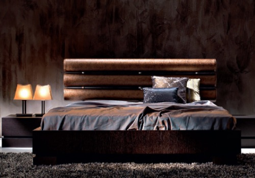 The Orson Bed from Varaschin