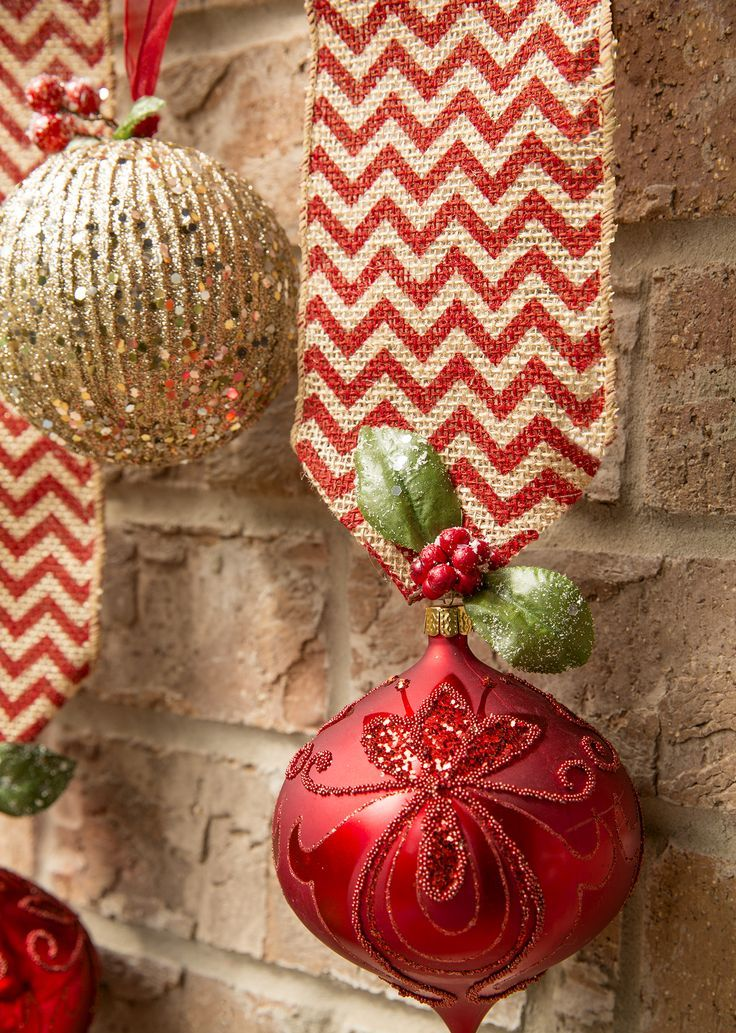 amazing-red-and-gold-christmas-decor-ideas-15