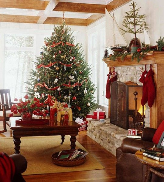 amazing-red-and-gold-christmas-decor-ideas-24