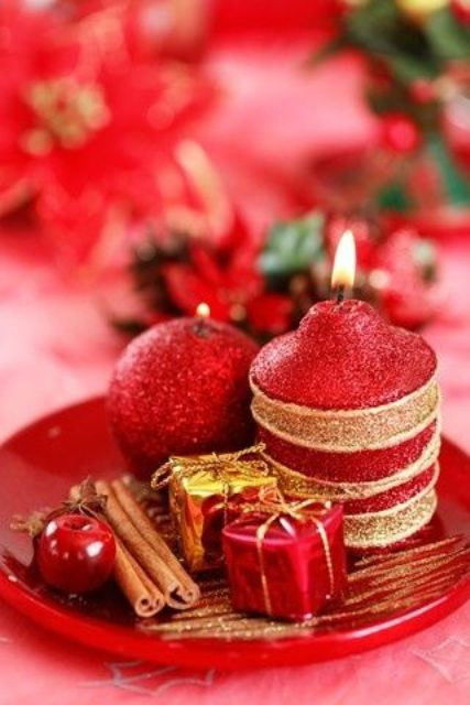 amazing-red-and-gold-christmas-decor-ideas-28
