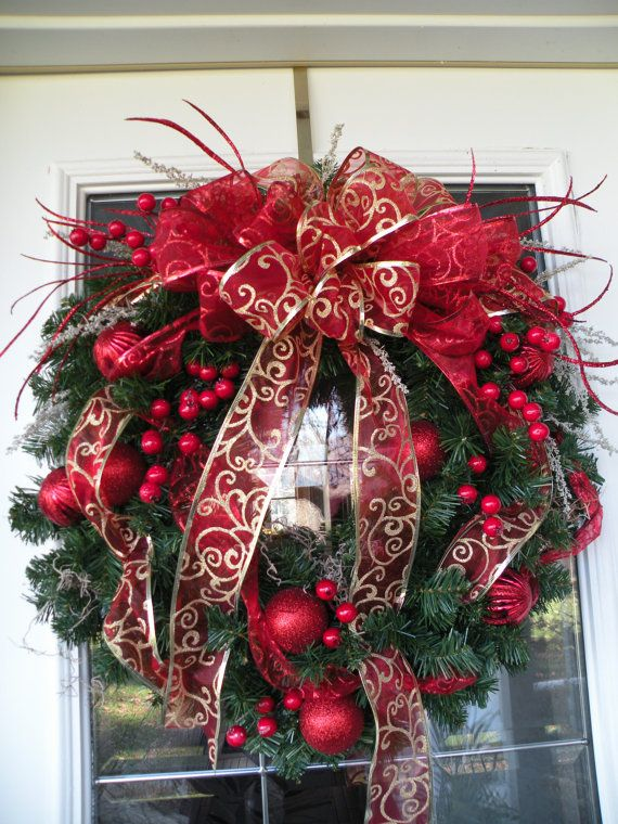 amazing-red-and-gold-christmas-decor-ideas-3