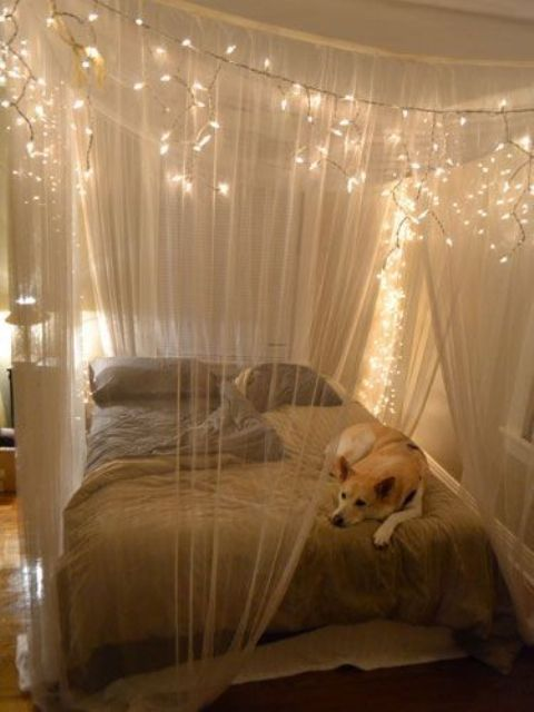how-to-use-string-lights-for-your-bedroom-ideas-25