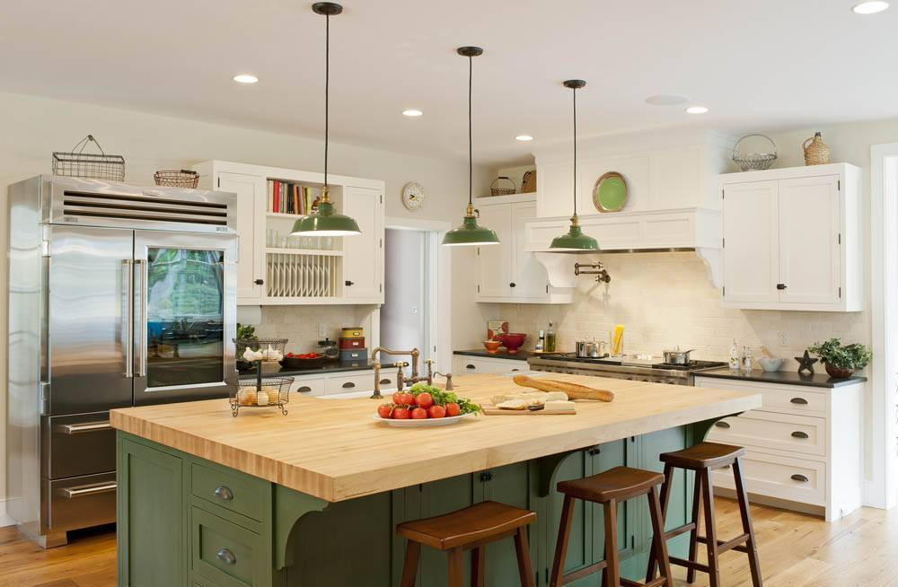 easy-tips-for-creating-a-farmhouse-kitchen-13