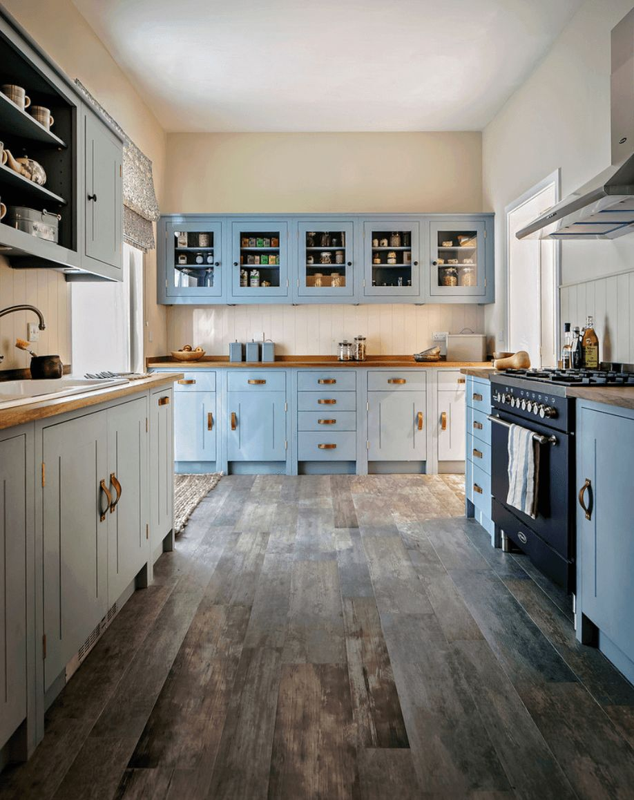easy-tips-for-creating-a-farmhouse-kitchen-21