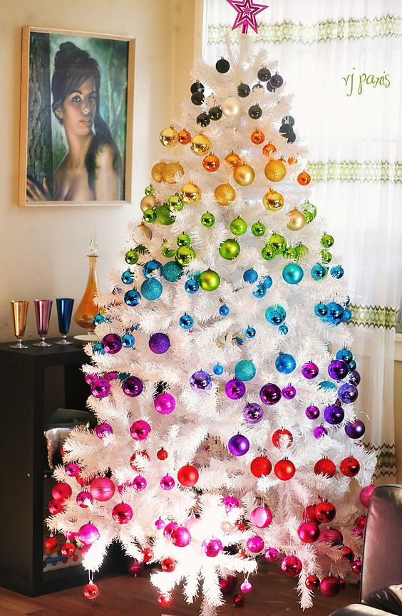 07-be-bold-this-Christmas-with-a-super-colorful-rainbow-tree