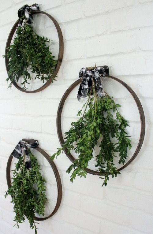 08-oversized-hoops-with-greenery-and-plaid-bows
