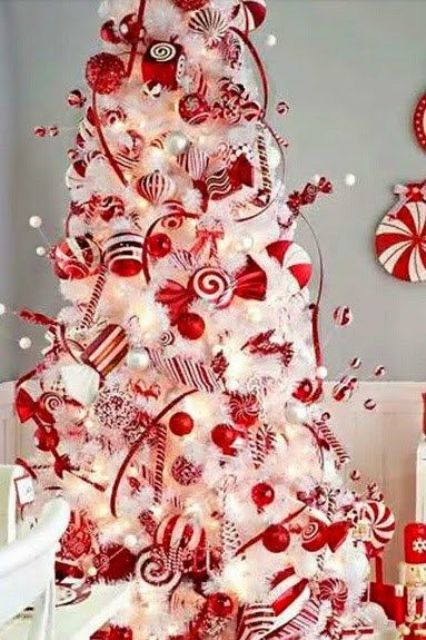 30-white-tree-with-red-ornaments-and-candy-swirls