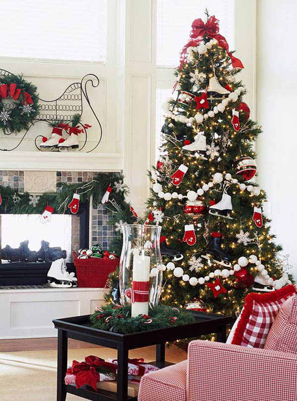 34-ice-skates-and-mittens-for-tree-decor-is-a-cute-idea