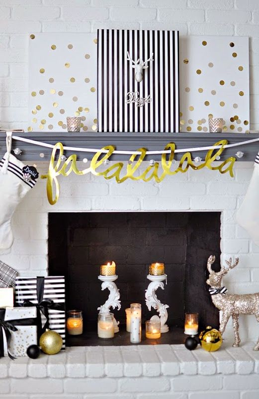 37-calligraphy-garland-and-a-couple-of-signs