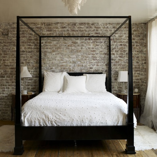 Canopy Bed by Lombok