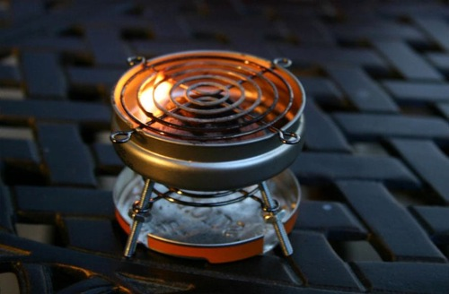 BBQ Grill Upcycled from Altoids Tin by vmspionage of Instructables