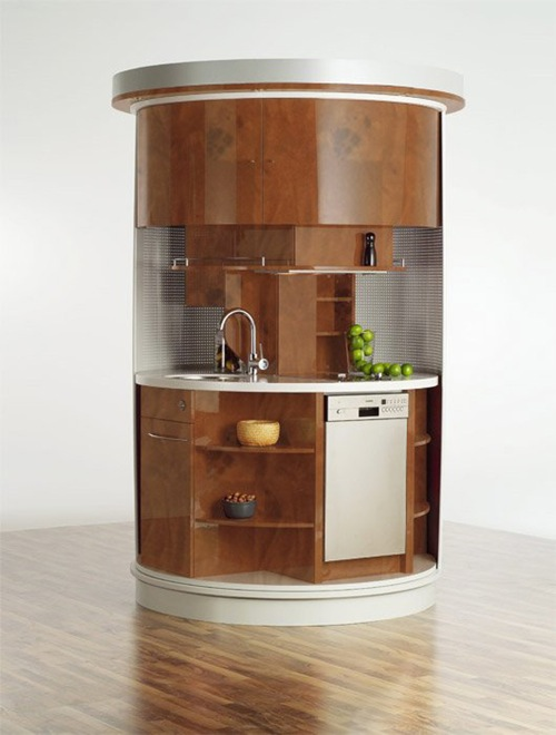 Small Round Kitchen in Wood Finish via Iroonie