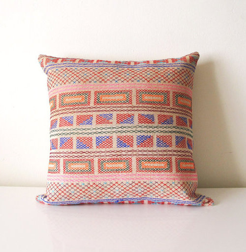 DesignSponge_Pillows