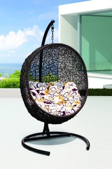 awesome-outdoor-hanging-chairs-17