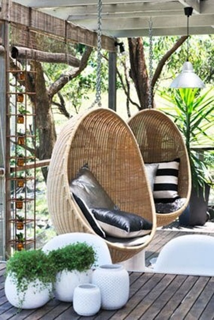 awesome-outdoor-hanging-chairs-28