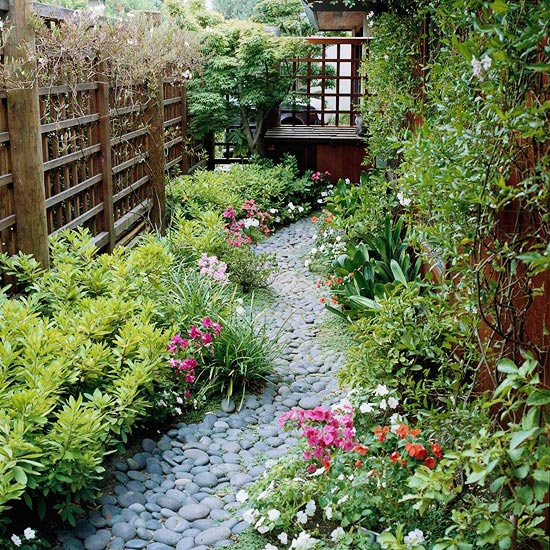 amazing-pebble-garden-paths-32