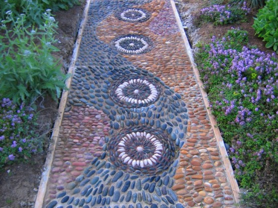 amazing-pebble-garden-paths-34-554x415