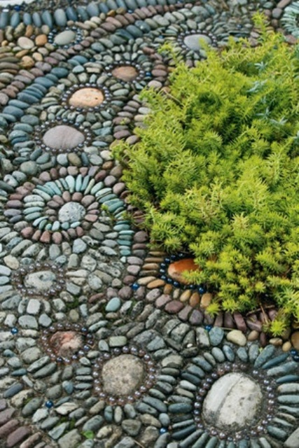 amazing-pebble-garden-paths-6