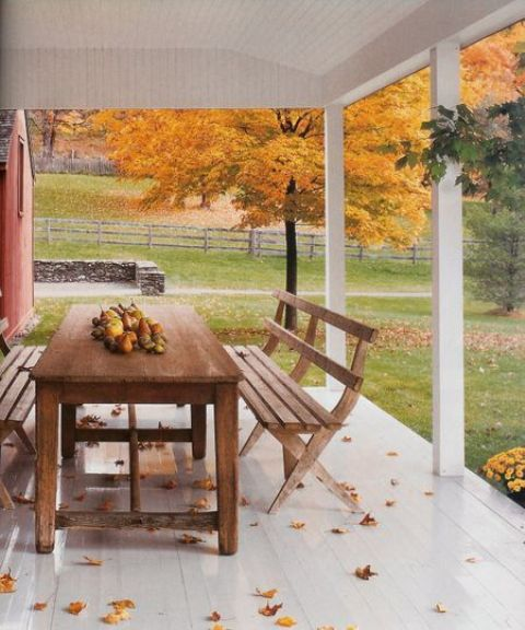 cozy-fall-patio-decor-ideas-20