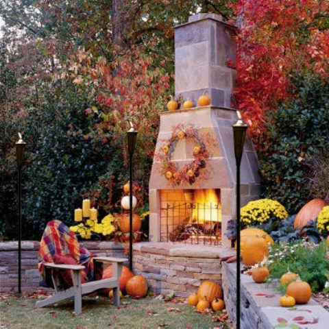 cozy-fall-patio-decor-ideas-40