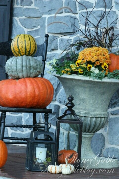 fall-lanterns-for-outdoor-and-indoor-decor-31