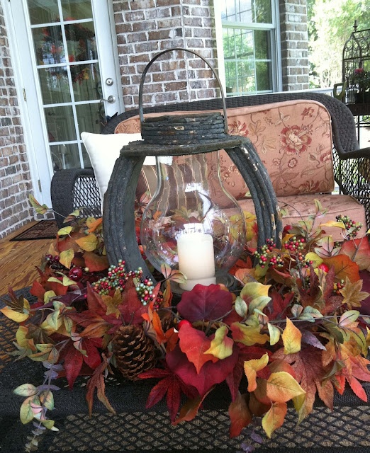 fall-lanterns-for-outdoor-and-indoor-decor-44