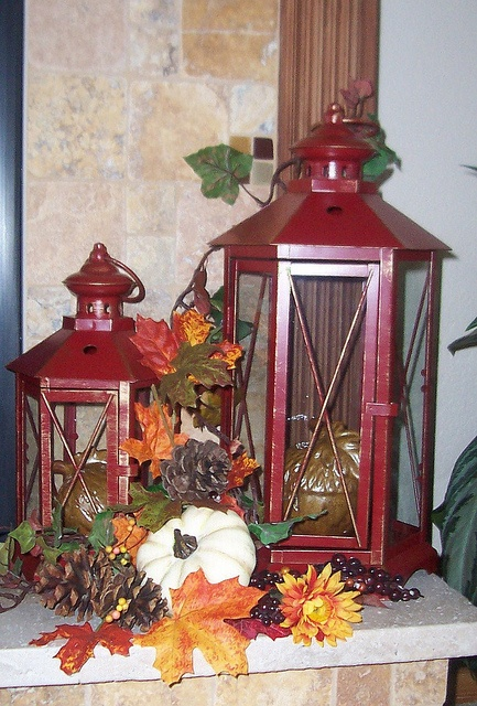 fall-lanterns-for-outdoor-and-indoor-decor-50