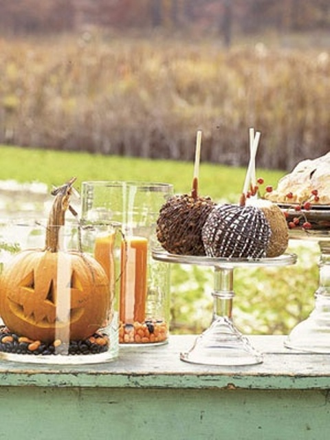 awesome-outdoor-halloween-party-ideas-13