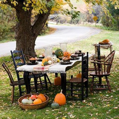awesome-outdoor-halloween-party-ideas-15