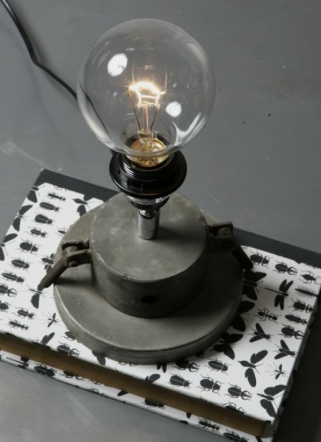 awesome-industrial-lamps-to-get-inspired-35
