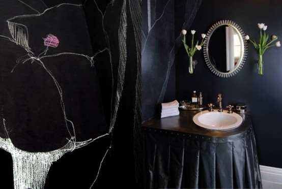 dramatic-gothic-bathroom-design-ideas-3-554x372