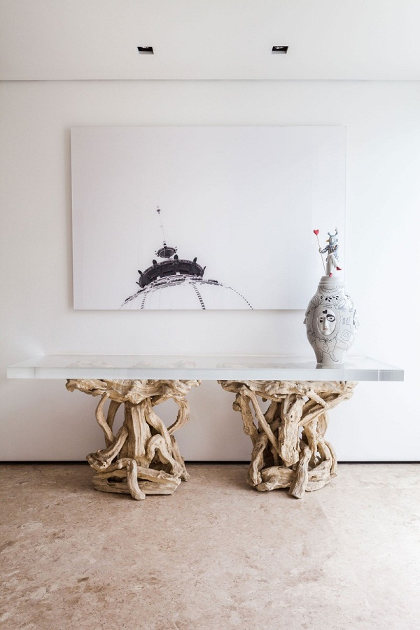 Abstract-art-wall-decoration-design-rustic-table-NS-House