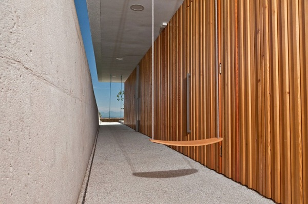 wood-paneling-facade-wall-design-ideas-House-Katarina