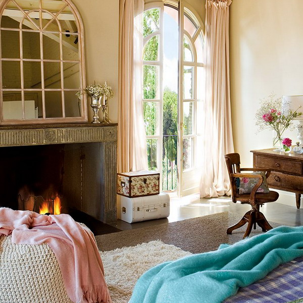 charming-vintage-bedroom-with-turquoise-and-pink-accents-8