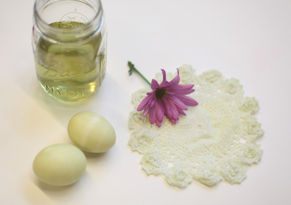 how-to-dye-easter-eggs-with-natural-dyes-tutorial-step-by-step-pictures
