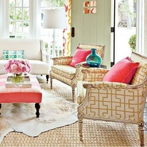 ottomans-as-coffee-tables-15