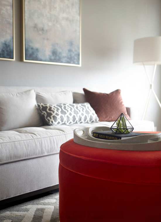 ottomans-as-coffee-tables-9