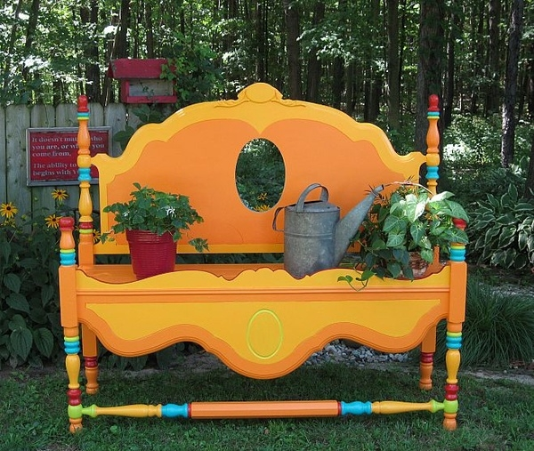 DIY-Garden-furniture-seat-bed-headboard