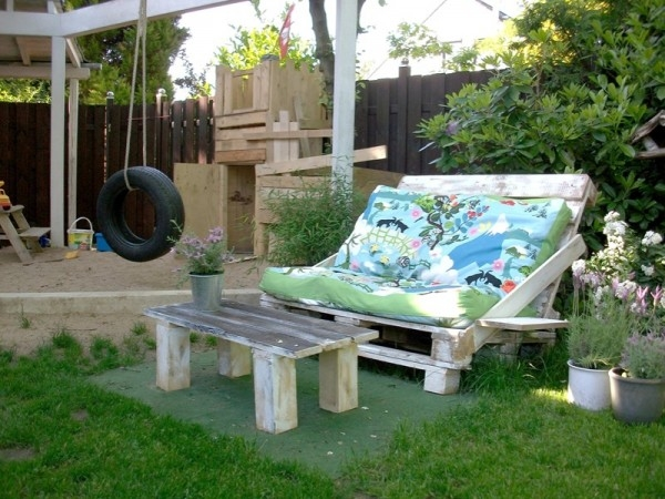 Garden-lounge-furniture-do-it-yourself