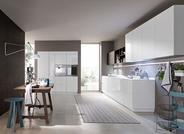 contemporary-Italian-kitchen-design-white-kitchen-cabinets-surfaces