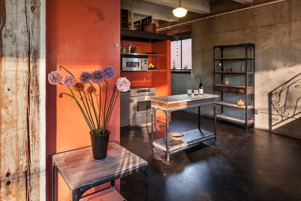 eclectic-loft-in-a-crazy-mix-of-styles-and-colors-6