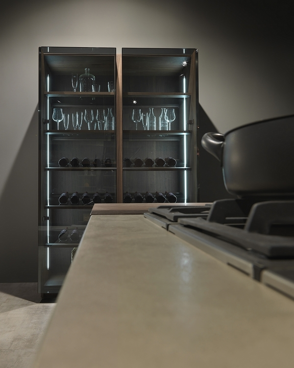 modern-kitchen-cabinets-glass-doors-italian-kitchen-design
