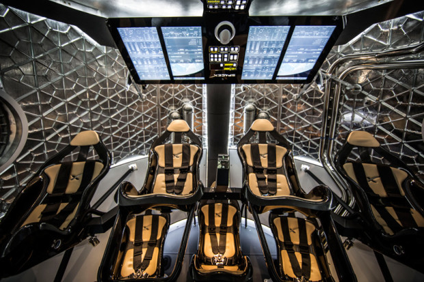 dragon-V2-spaceXs-first-manned-spacecraft-features-3D-printed-engine01