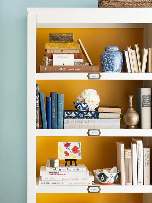 how-to-display-books-with-style-5-tips-and-examples-19