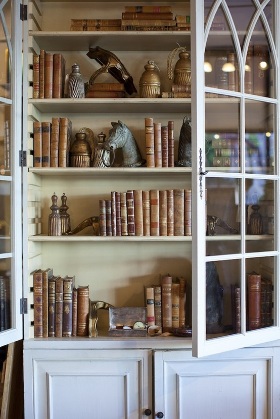 how-to-display-books-with-style-5-tips-and-examples-21-554x830