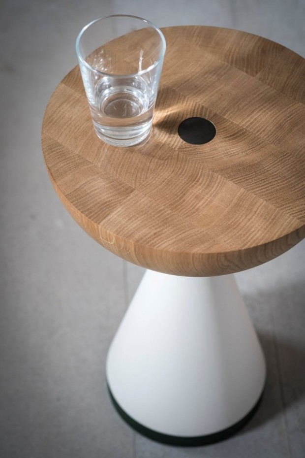 Float-Table-by-Pinch-3