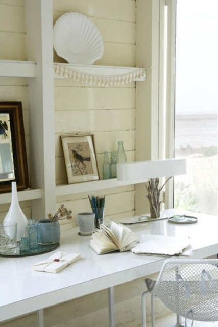 beach-inspired-home-office-designs-22
