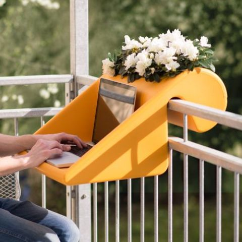 cool-accessories-for-your-balcony-6