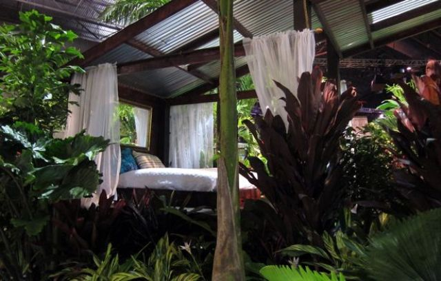 dreamy-outdoor-bedroom-designs-17