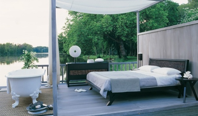 dreamy-outdoor-bedroom-designs-19